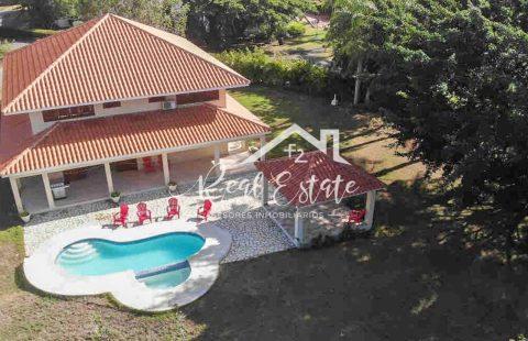 Renta Villa Elise, Guavaberry Juan Dolio
